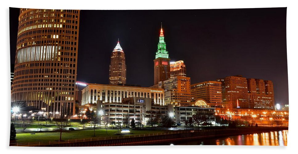 Cleveland Beach Towel featuring the photograph A Cleveland Night by Frozen in Time Fine Art Photography