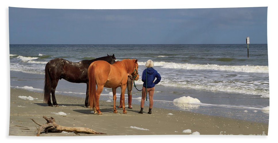 Sea Foam Beach Towel featuring the photograph A Windy Day At Hunting Island Beach by Louise Heusinkveld