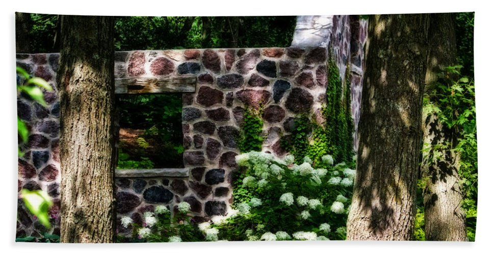 Stone Beach Towel featuring the photograph Abandoned Spring House by Ms Judi