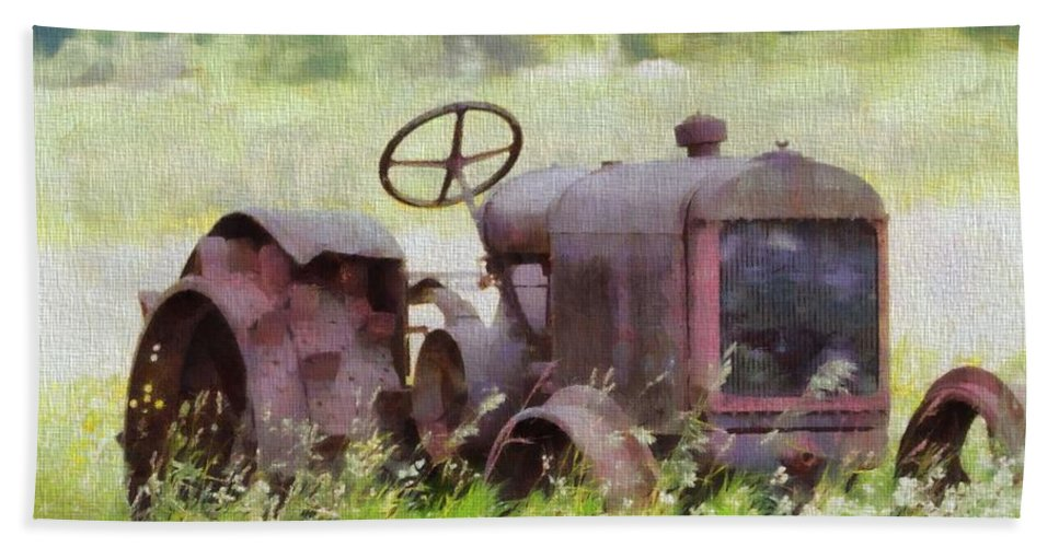 Abandoned Tractor On The Farm Beach Towel featuring the painting Abandoned Tractor On The Farm by Dan Sproul