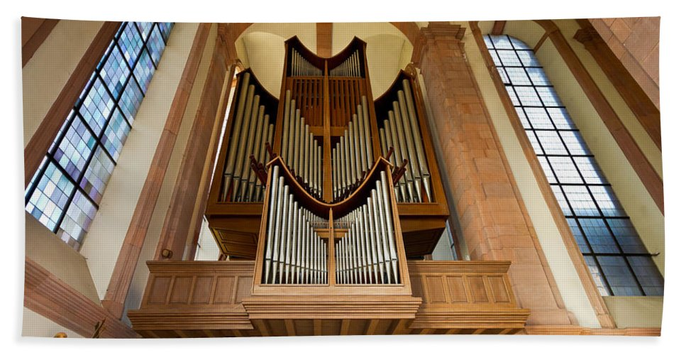 Orgel Beach Towel featuring the photograph Abbey Organ by Jenny Setchell