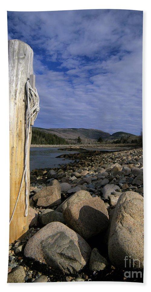 Atlantic Ocean Beach Sheet featuring the photograph Acadia National Park - Maine Usa by Erin Paul Donovan