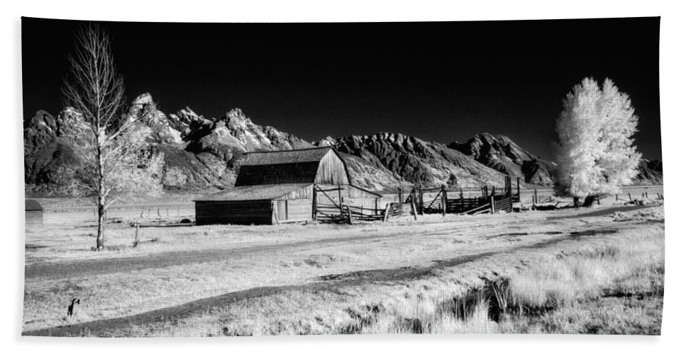 Moulton Barn Beach Towel featuring the photograph Against The Mountains by Claudia Kuhn