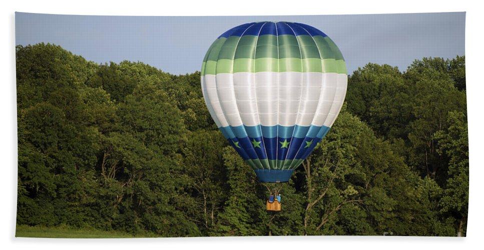 Air Balloons Beach Towel featuring the photograph Air Balloons 0458 by Terri Winkler