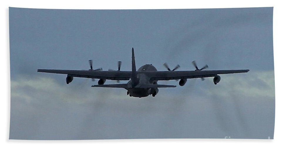 Aircraft Beach Towel featuring the photograph Airborne by Rick Monyahan
