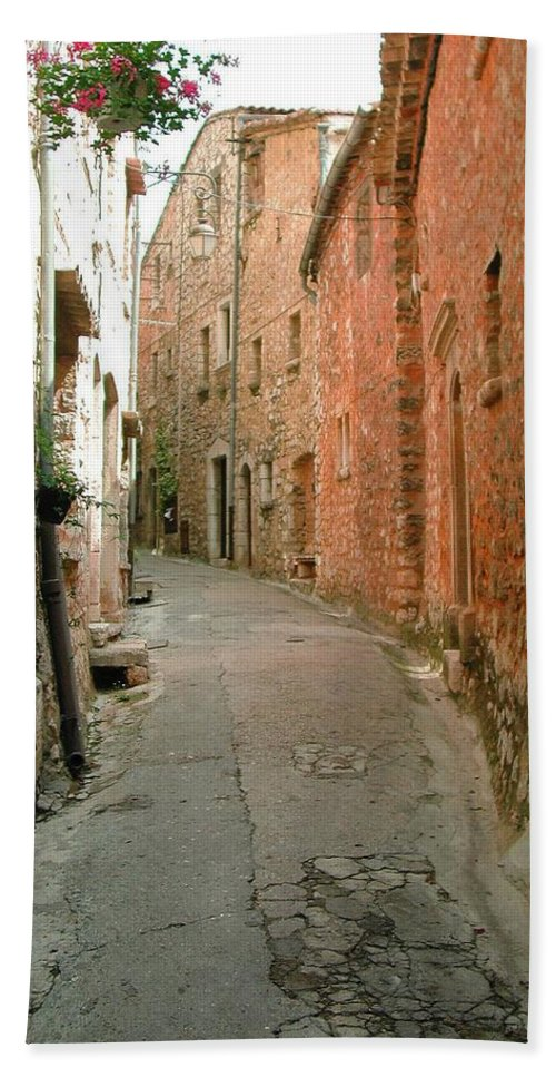 Alley Provence France Tourrette-sur-loup Beach Towel featuring the photograph Alley In Tourrette-sur-loup by Susie Rieple