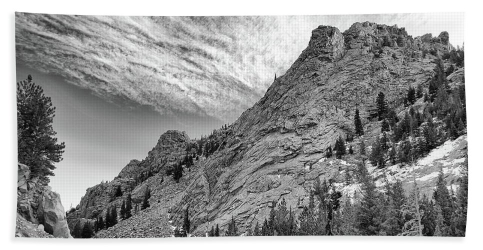 Guy Whiteley Photography Beach Towel featuring the photograph Along The Peak To Peak by Guy Whiteley