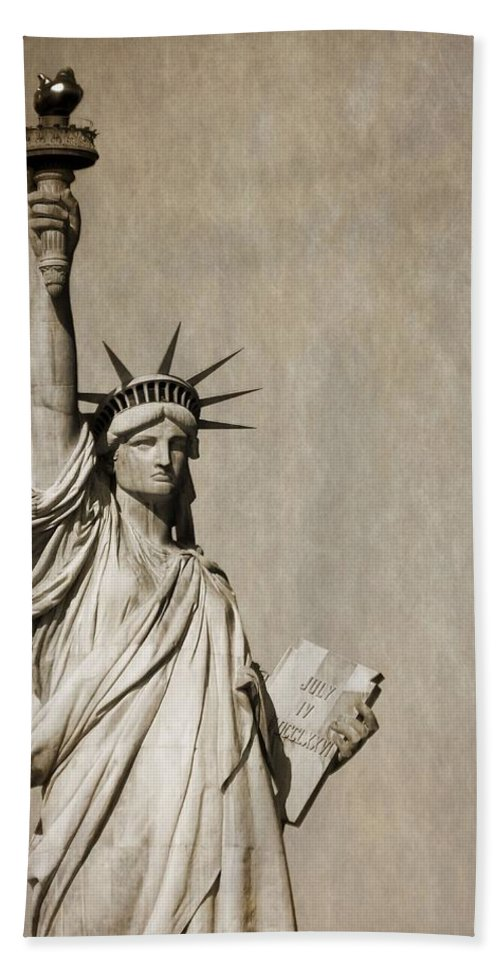 Vintage Statue Of Liberty Beach Towel featuring the photograph An American Icon by Dan Sproul