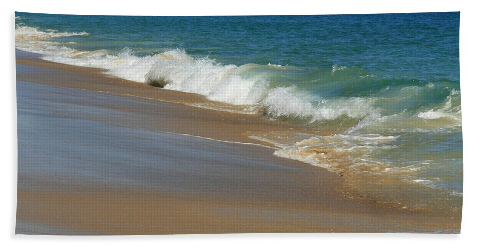 Ocean Beach Towel featuring the photograph An Ocean View by Neal Eslinger