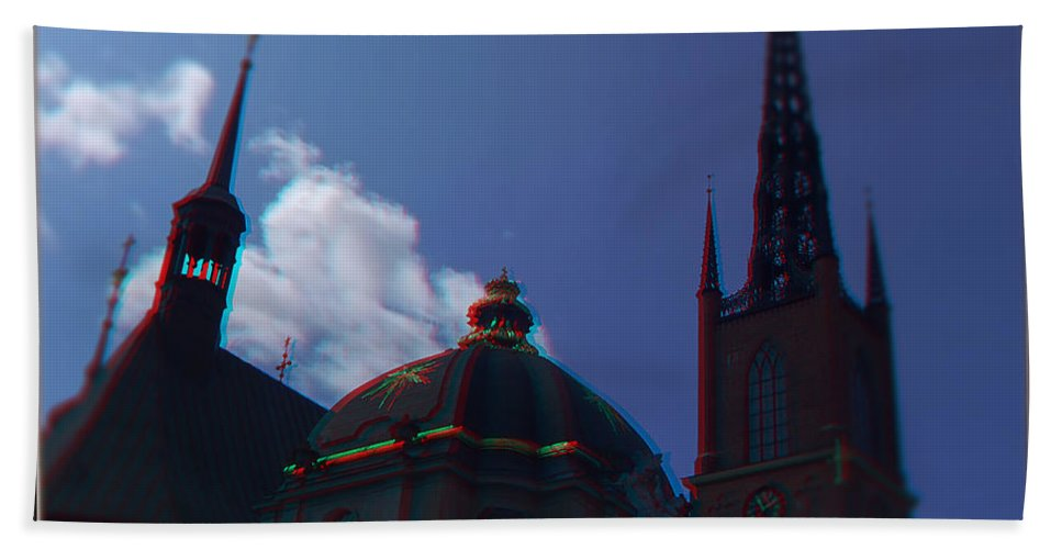 Anaglyph Beach Towel featuring the photograph Anaglyph Church by Ramon Martinez