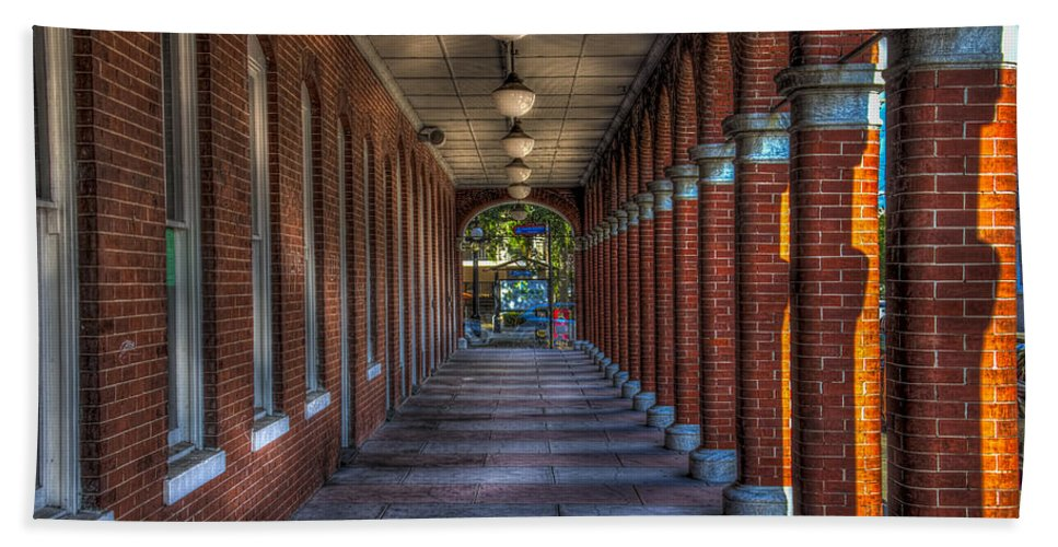 Ybor City Beach Towel featuring the photograph Arches And Columns by Marvin Spates