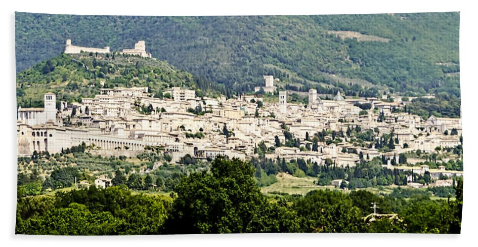Assisi Italy Beach Towel featuring the photograph Assisi Italy - Medieval Hilltop City by Jon Berghoff