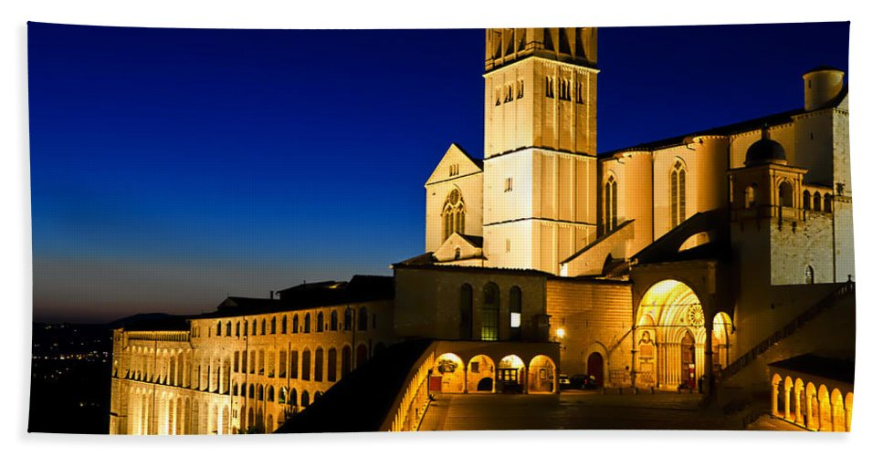 Assisi Italy Beach Towel featuring the photograph Assisi Nightfall by Jon Berghoff
