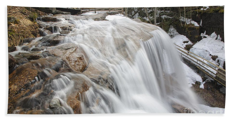 Franconia Notch Beach Towel featuring the photograph Avalanche Falls - White Mountains New Hampshire Usa by Erin Paul Donovan