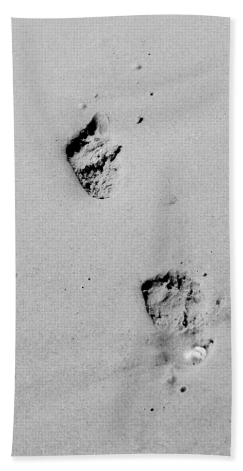 Baby Beach Towel featuring the photograph Baby Footprints On The Beach by Cynthia Guinn