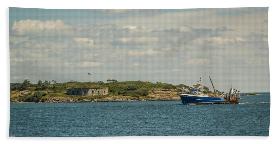 Maine Beach Towel featuring the photograph Back Home by Jane Luxton