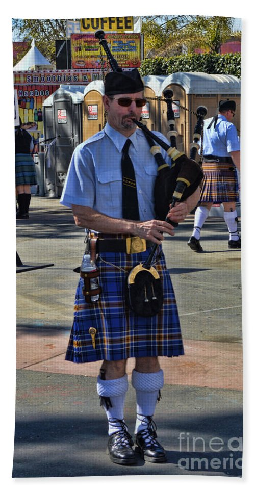 Scottish Beach Towel featuring the photograph Bagpipes by Tommy Anderson