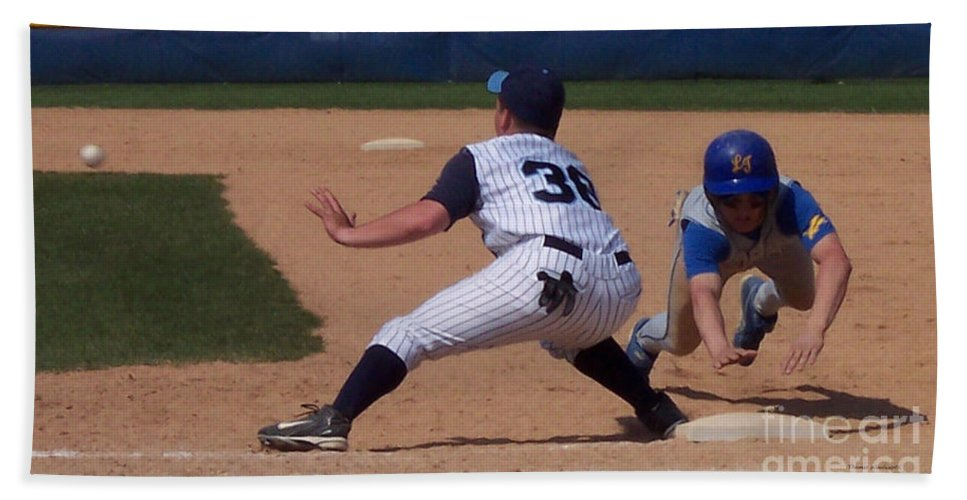 Sports Beach Towel featuring the photograph Baseball Pick Off Attempt by Thomas Woolworth