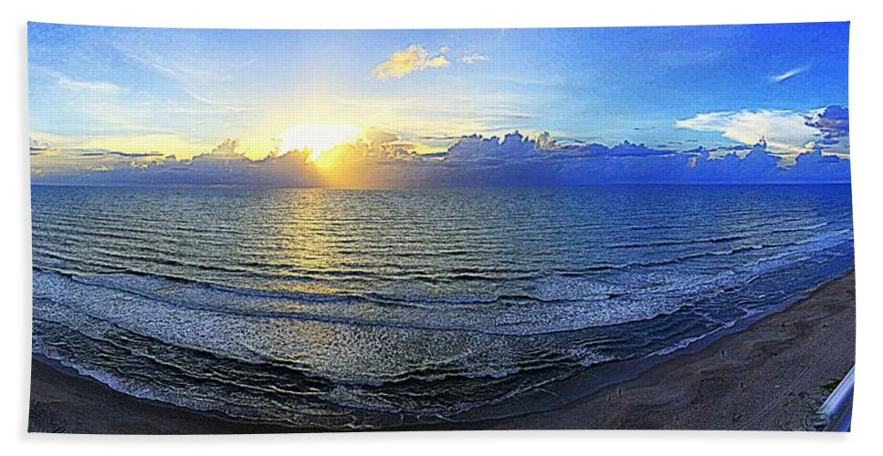 Beach Beach Towel featuring the photograph Beach Panorama by Paul Wilford