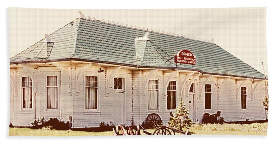Big L Beach Towel featuring the photograph Big L Railroad Station by Marilyn Hunt