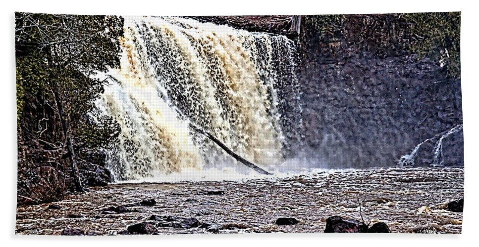 Falls Beach Towel featuring the photograph Black River Falls by Tommy Anderson