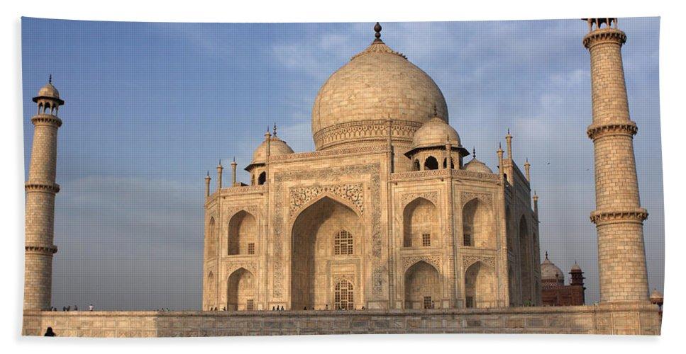 Taj Mahal Beach Towel featuring the photograph Taj Mahal In Evening Light by Aidan Moran