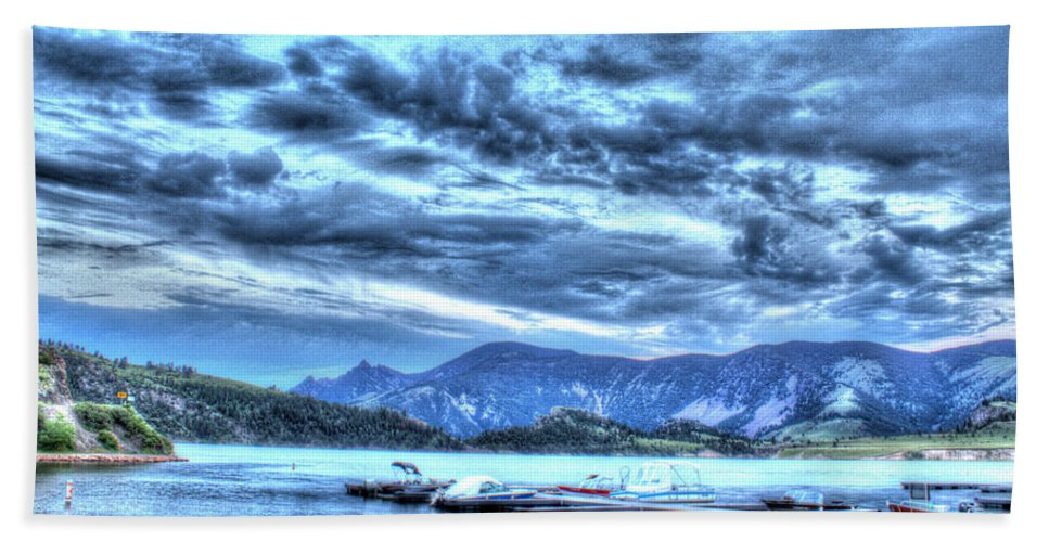 Boats Beach Towel featuring the photograph Boat Dock At Holter Lake by John Lee