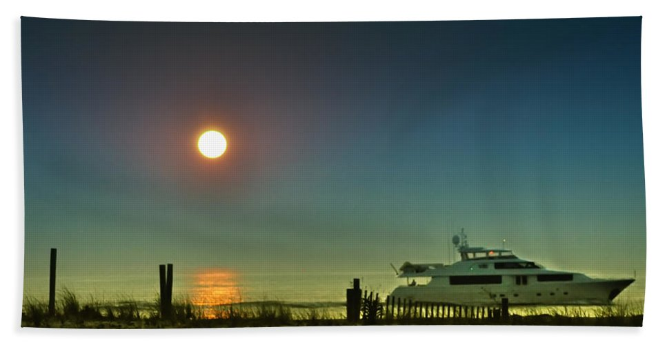 Boating Beach Towel featuring the photograph Boating At Sunrise by Bill Cannon