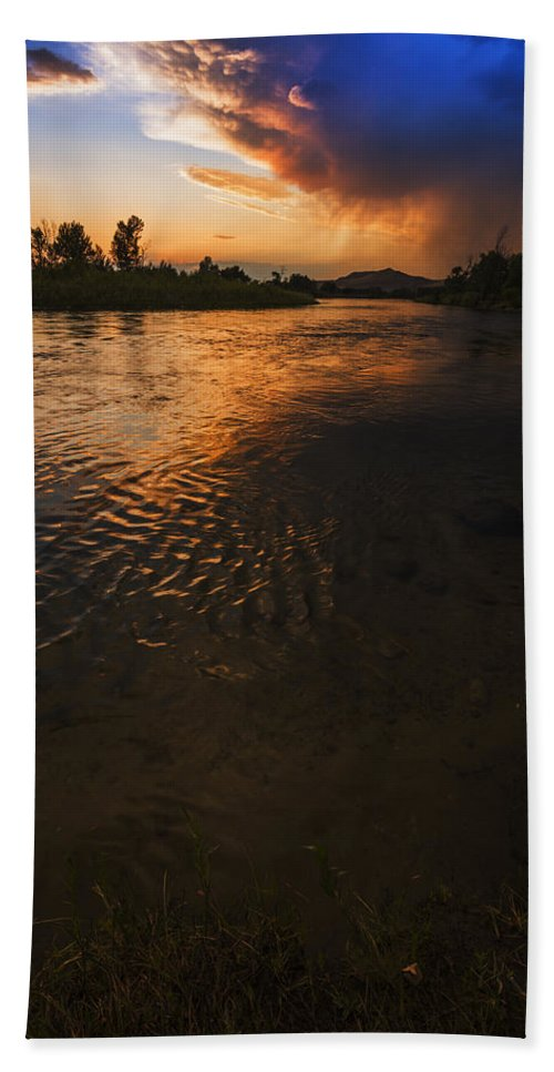 Boise River Beach Towel featuring the photograph Boise River Dramatic Sunset by Vishwanath Bhat