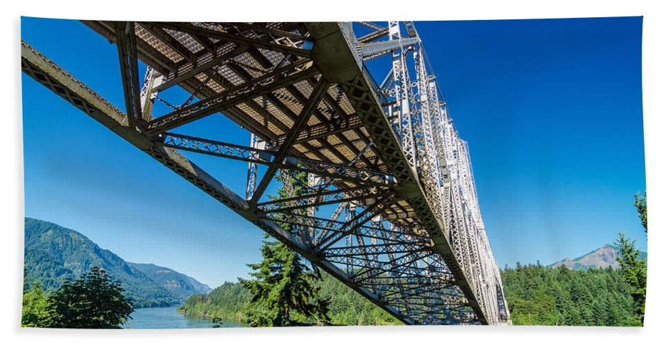 Bridge Beach Towel featuring the photograph Bridge Over Columbia River by Jess Kraft