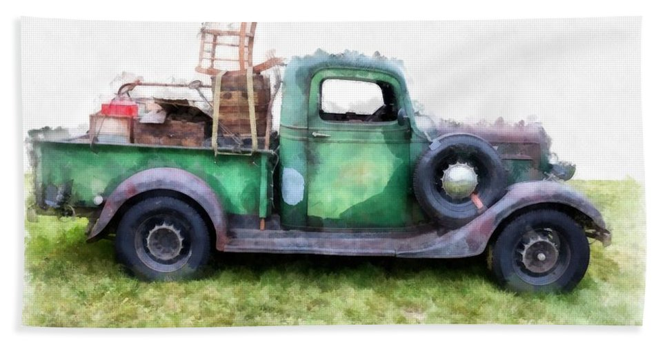 Truck Beach Towel featuring the photograph California Or Bust by Edward Fielding