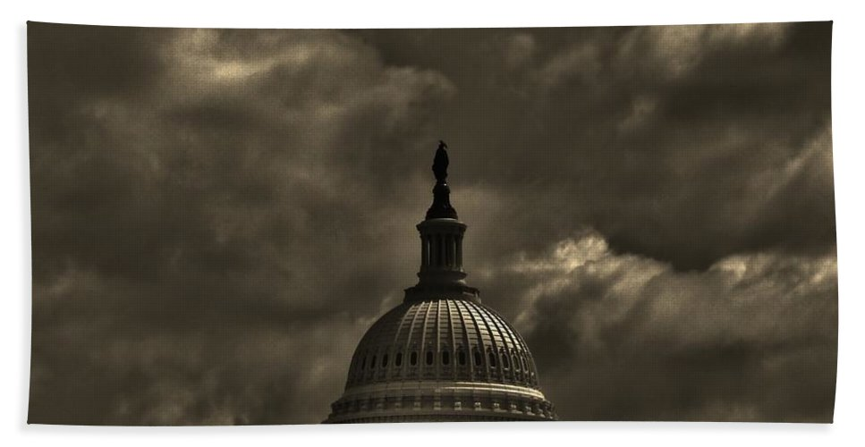District Of Columbia Beach Towel featuring the photograph Capitol Dome by Bob Geary