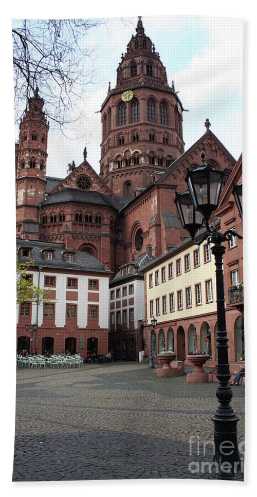 Cathedral Beach Towel featuring the photograph Cathedral - Mainz by Christiane Schulze Art And Photography
