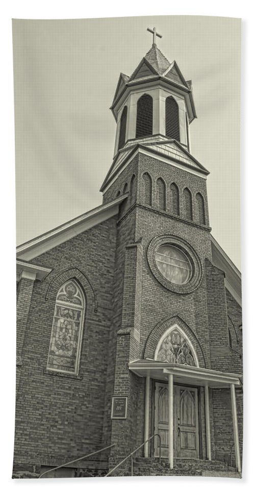 Beach Towel featuring the photograph Church In Sprague Washington 4 by Cathy Anderson