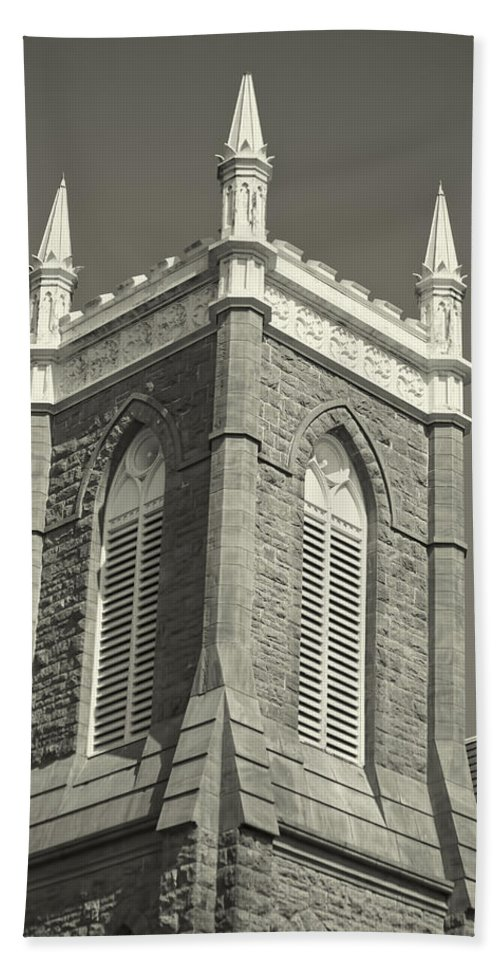 Beach Towel featuring the photograph Church In Tacoma Washington by Cathy Anderson