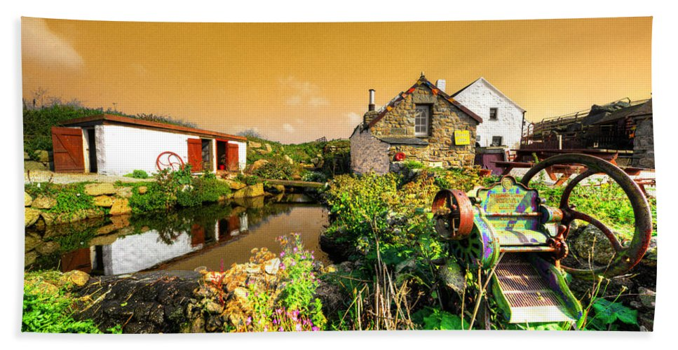 Lands Beach Towel featuring the photograph Cornish Reflections by Rob Hawkins
