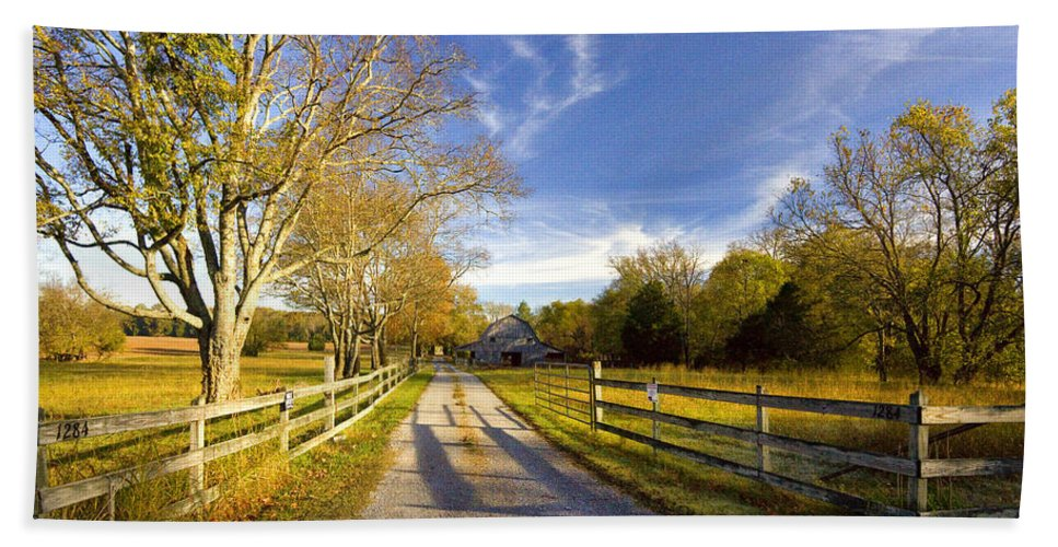 Tennessee Beach Towel featuring the photograph Country Road by Diana Powell