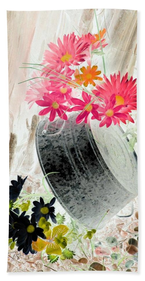 Flower Beach Towel featuring the photograph Country Summer - Photopower 1502 by Pamela Critchlow