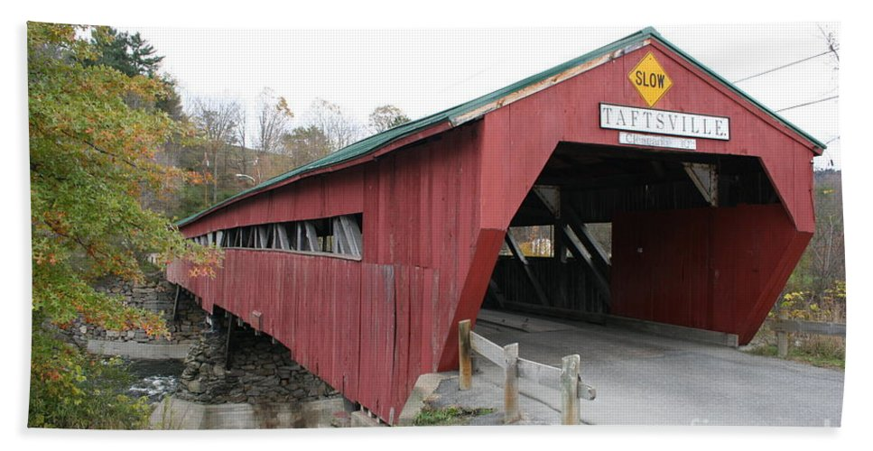 Covered Bridge Beach Towel featuring the photograph Covered Bridge Taftsville by Christiane Schulze Art And Photography