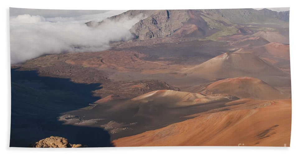 Volcanic Cone Crater Cone Craters Volcano Volcanos Haleakala National Park Volcano Area Maui Hawaii Landscape Landscapes Parks Mountain Mountains Shadow Shadows Landmark Landmarks Beach Towel featuring the photograph Creeping Shadows by Bob Phillips
