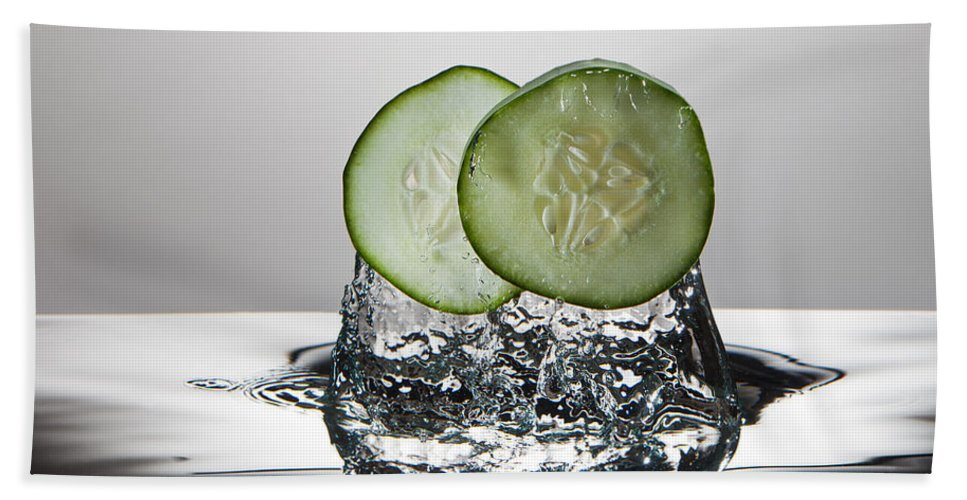 Cucumber Beach Towel featuring the photograph Cucumber Freshsplash by Steve Gadomski