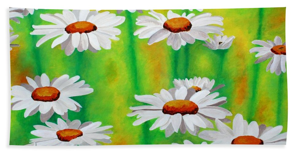Common Daisy Beach Towel featuring the painting Daisy Day by Taiche Acrylic Art