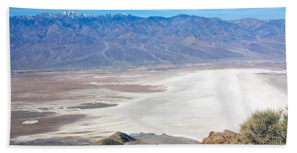 Death Valley Beach Towel featuring the photograph Dante's View #3 by Stuart Litoff