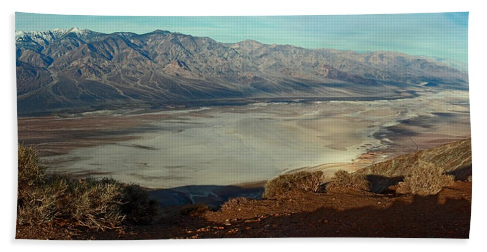 Landscape Beach Towel featuring the photograph Dante's View Panorama by David Salter