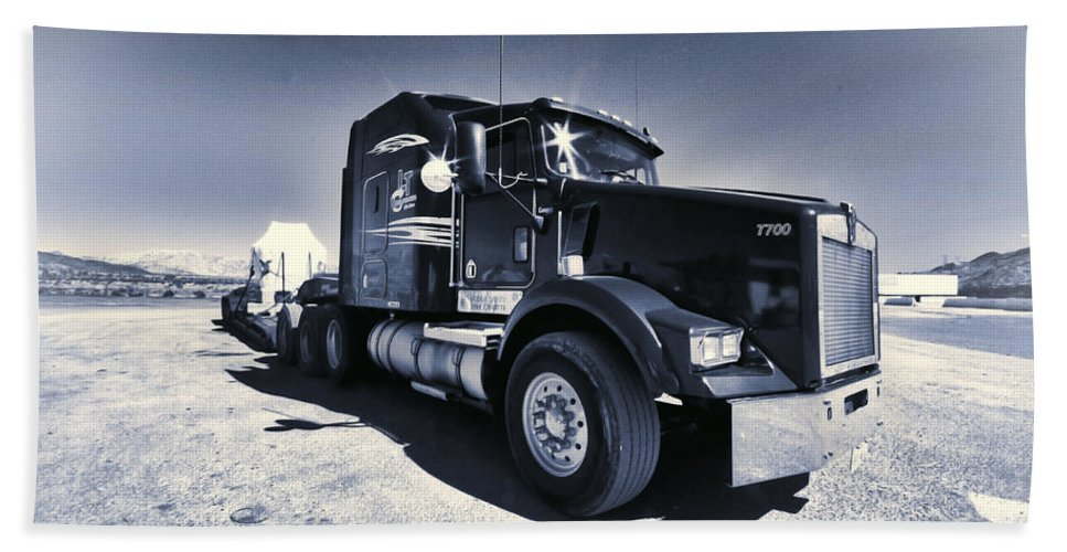 Lorry Beach Towel featuring the photograph Desert Trucking by Rob Hawkins