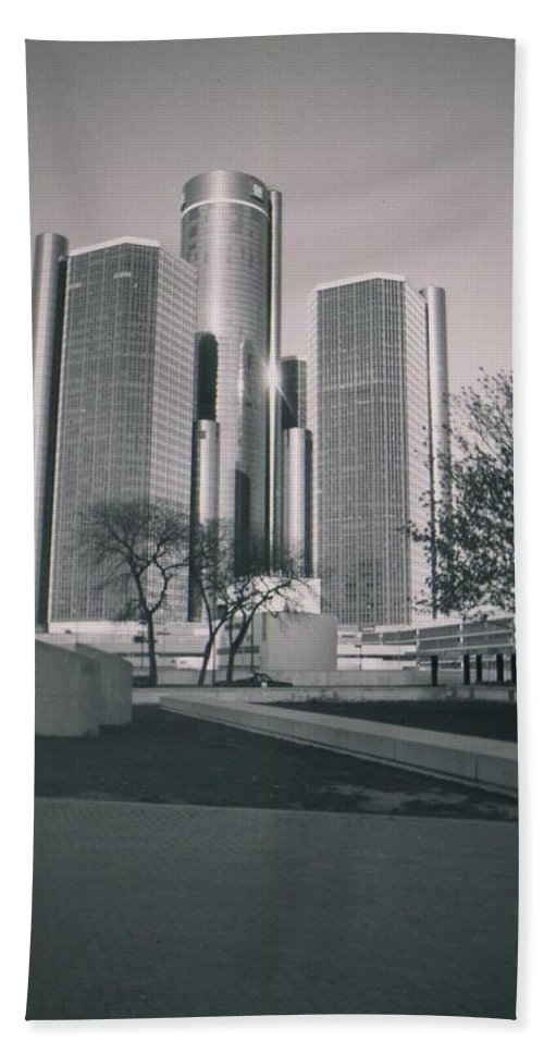 Hart Plaza Beach Towel featuring the photograph Detroit2 by Crystal Hubbard