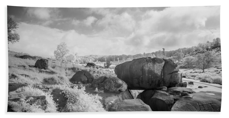 American Civil War Beach Towel featuring the photograph Devil's Den 0140ir by Guy Whiteley