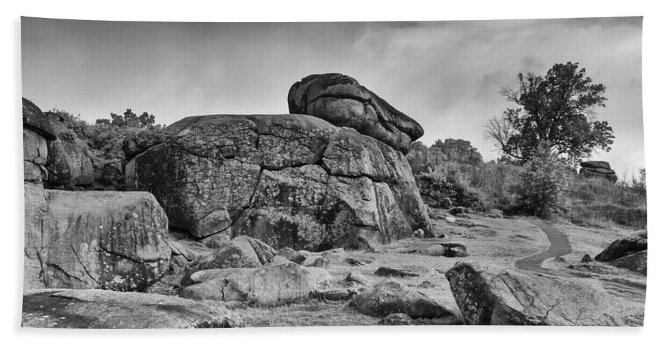 American Civil War Beach Towel featuring the photograph Devil's Den 02751 by Guy Whiteley