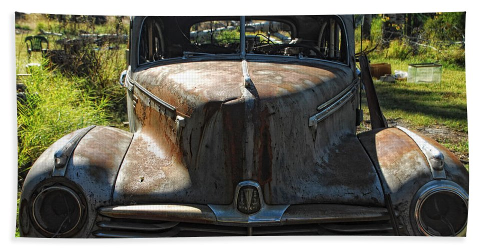 Car Beach Towel featuring the photograph Discarded Love by Donna Blackhall