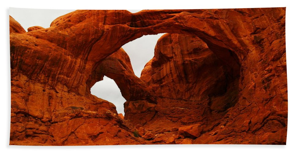 Arches Beach Towel featuring the photograph Double Arches by Jeff Swan